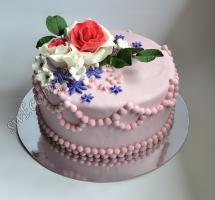 торт мастичный розы
