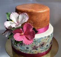 торт мастичный с цветами
