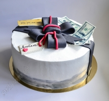 кремовый торт деньги