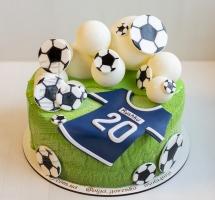 велюровый торт юному футболисту