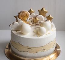 Кремовый торт с имбирными пряниками