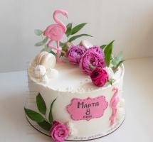нежный торт с цветами и фламинго
