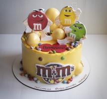 """Кремовый торт """"M&Ms"""""""