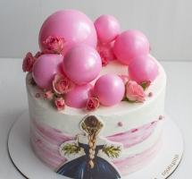 торт с шоколадными шарами и розочками