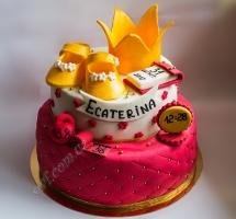 мастичный торт новорожденной