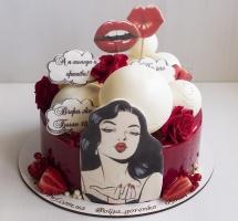 Муссовый торт с девушкой