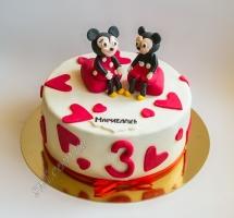 торт мастичный Микки и Минни Маус