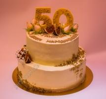 кремовый торт двухярусный