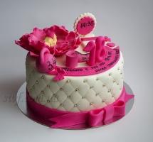 мастичный торт на день рождения