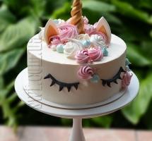 кремовый торт Единорог