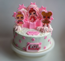 """Кремовый торт """"Куклы Л.О.Л."""""""
