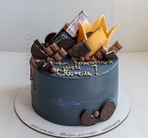 торт с шоколадом и бутылочкой Jack Daniel's
