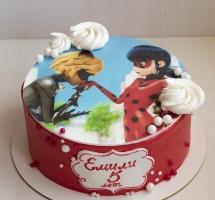 """Кремовый торт """"Ladybag"""""""