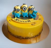 муссовый торт с миньонами