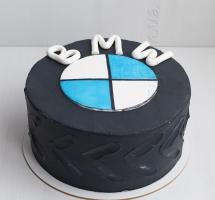 """Кремовый торт """"BMW"""""""
