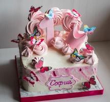 торт с бабочками и безе