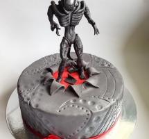 мастичный торт чужой