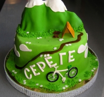 мастичный торт туристу