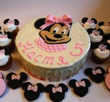 кремовый торт Минни Маус