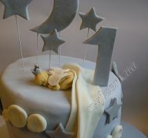 мастичный торт младенец